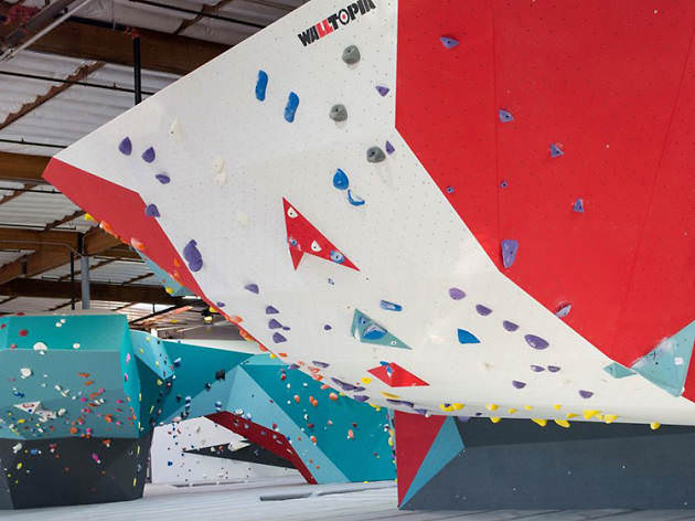 a fun way to bond for team building is rock climbing together