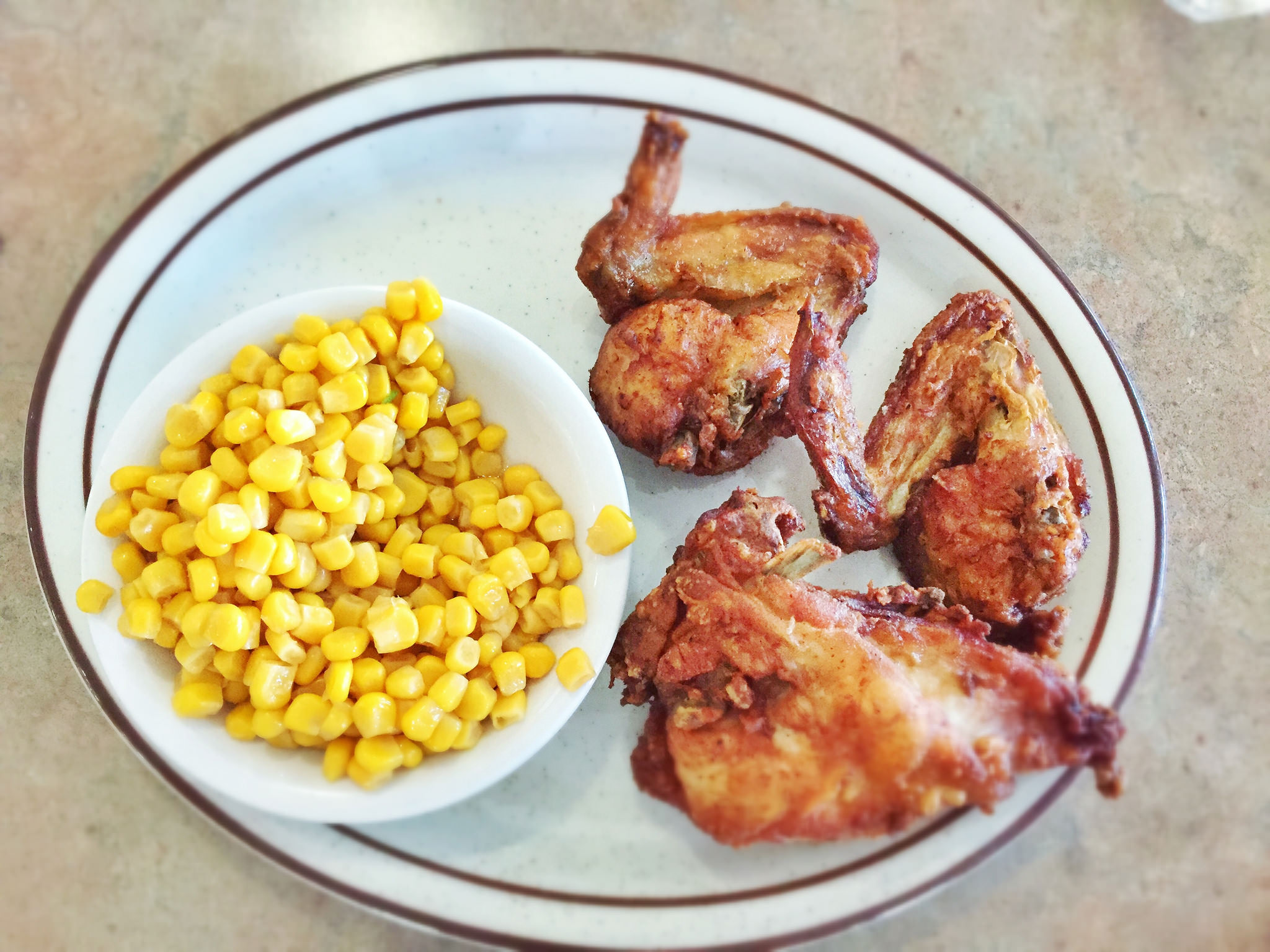Dinah's Fried Chicken: Top 10 Restaurants Near LAX
