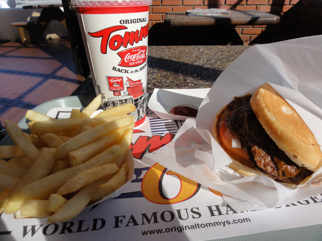 Tommy's Hamburgers is one of 24-hour LA Restaurants: