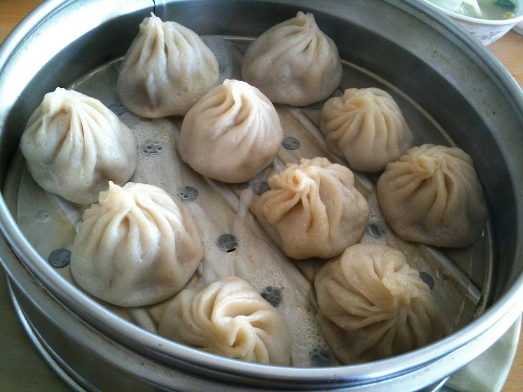 10 Things Everyone Should Do In LA Before They Die: dumpling crawl