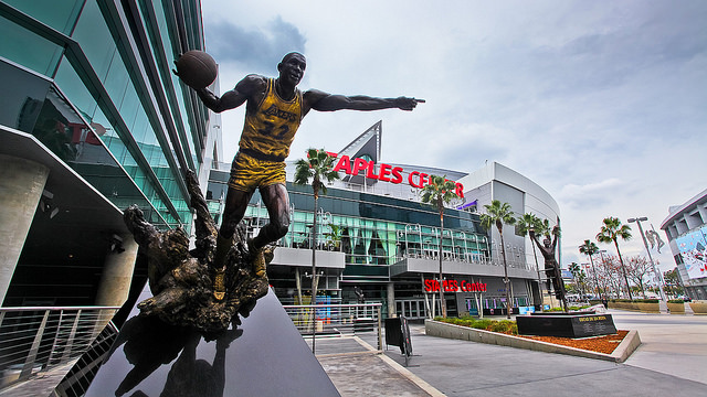 see a game at staples center: 10 Things Everyone Should Do In LA Before They Die