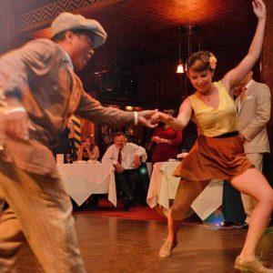 dancing at cidada romantic restaurants in los angeles