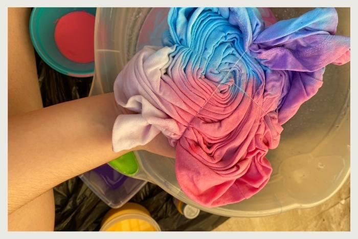 create tie dye during unique virtual events