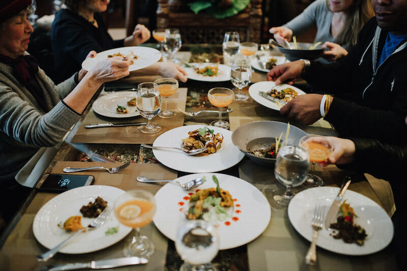 A full table on a Flatiron Food Tour: A Fun (and Filling) Team Building Activity for Coworkers