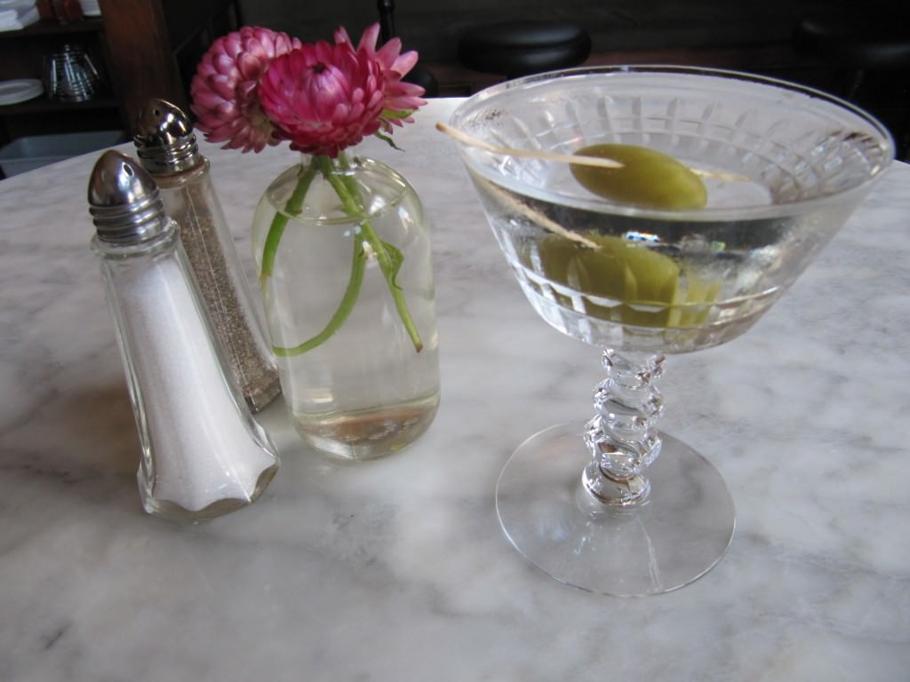5-cocktails-invented-in-San-Francisco-Martini