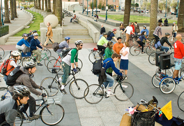 Cool and Fun Things to Do in SF When Someone Visits You: bike
