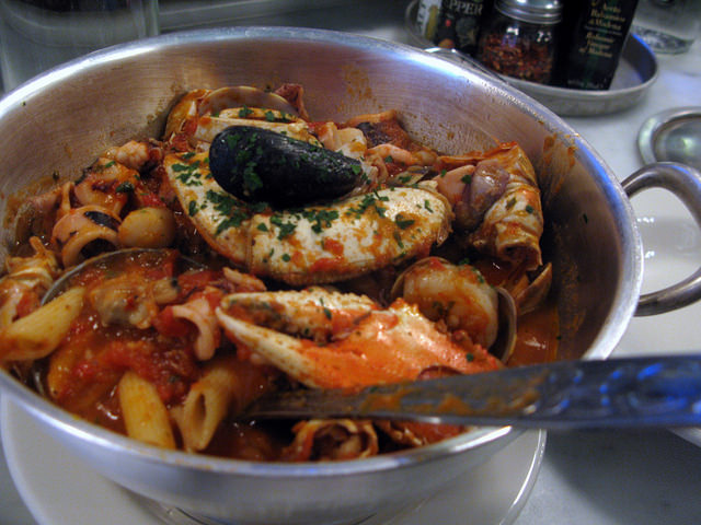 Bowl of Cioppino at one of the best places to eat lunch in San Francisco, Sotto Mare