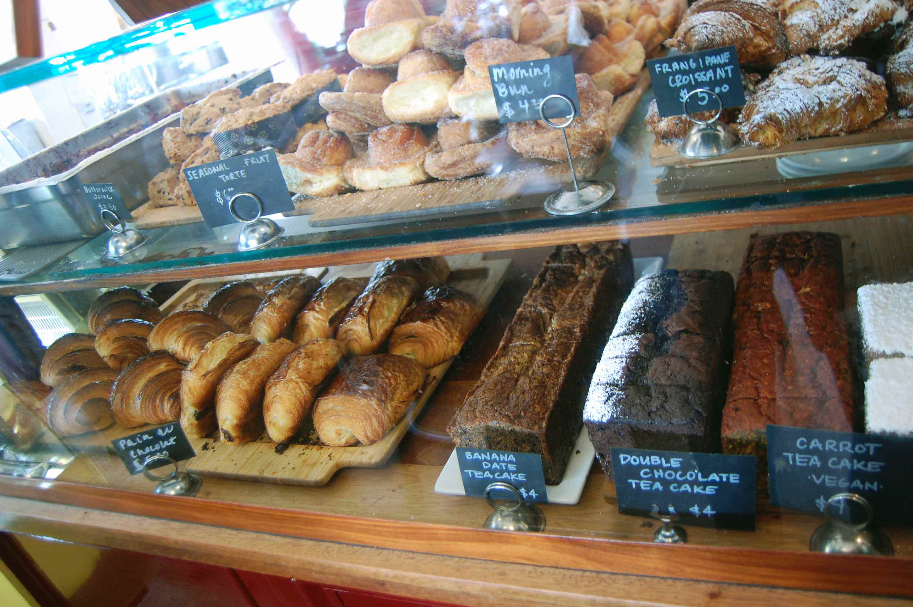 tartine bakery - san francisco tourist spots that locals love
