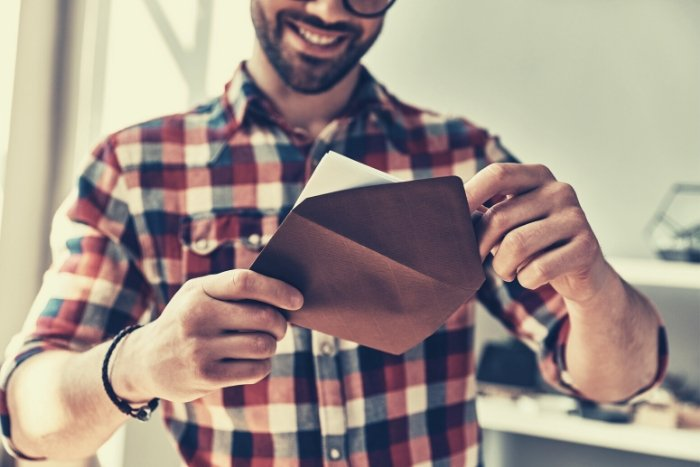 sending thank you note after entertaining clients virtually