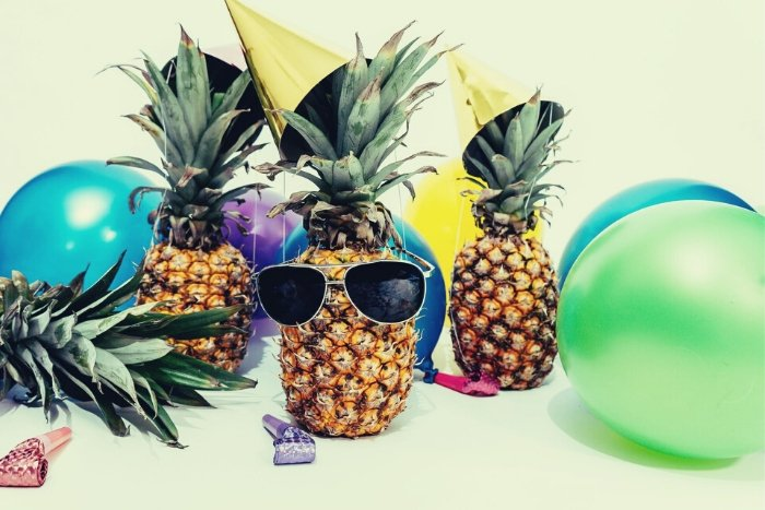 virtual happy hour activities quirky theme