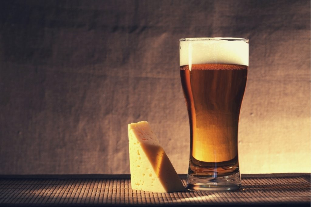 beer and cheese tasting for virtual holiday party
