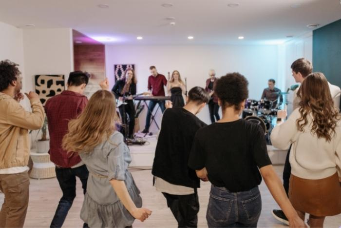 group-event-dancing-together