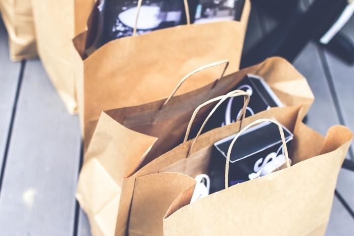 personalized-gift-bags-towelcome-employees-back-to-the-office
