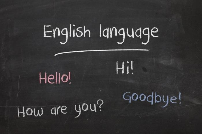black-chalkboard-with-language-lessons