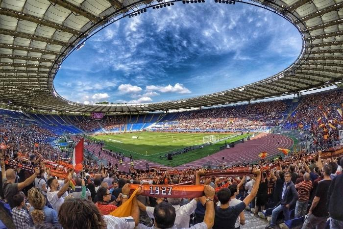 olympic-stadium-with-a-crowd
