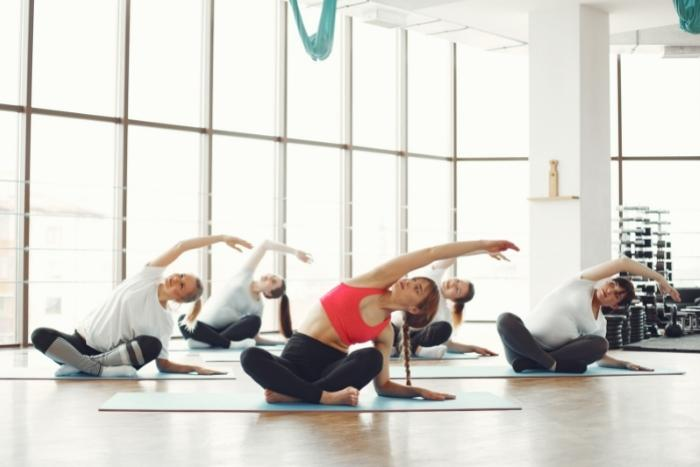 yoga-class-for-hybrid-conferences