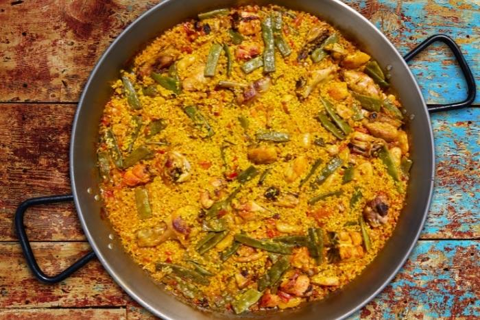 bowl-of-paella-virtual-cooking-class
