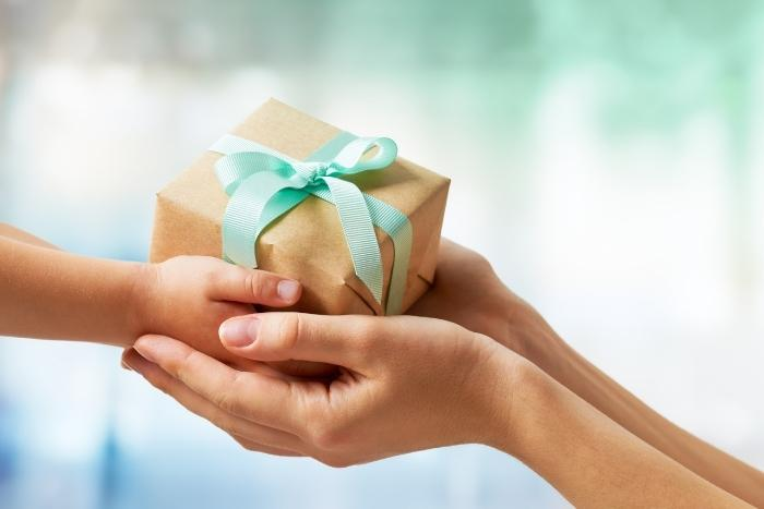 virtual-holiday-gift-exchange
