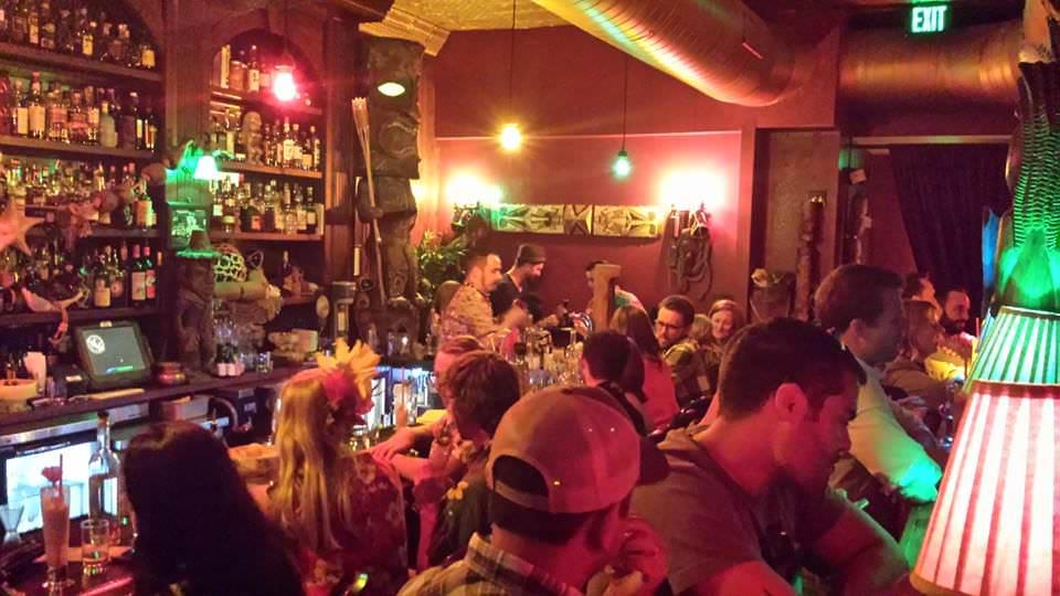 crowded bar at Smuggler's Cover in San Francisco